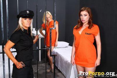 Заключенные киски