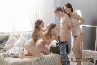Оттянулся с девками