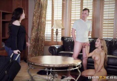 Порнозвезда навестила членастого озабота